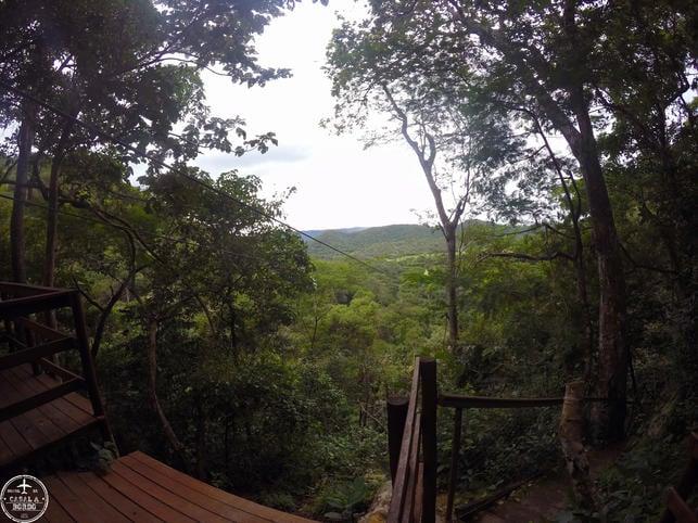 Tirolesa para Cachoeira Serra Azul