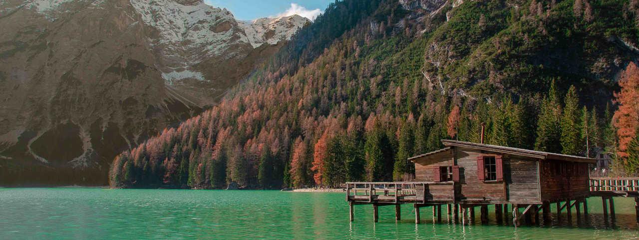 LAGO DI BRAIES ITALIA CORTINA D'AMPEZZO