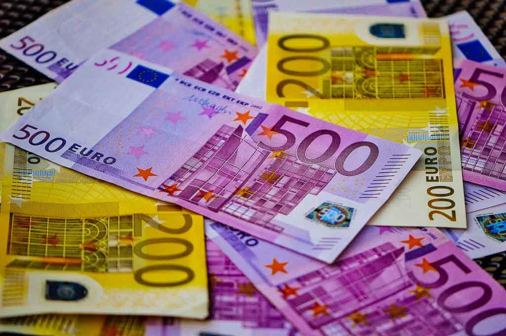 Euro tax free